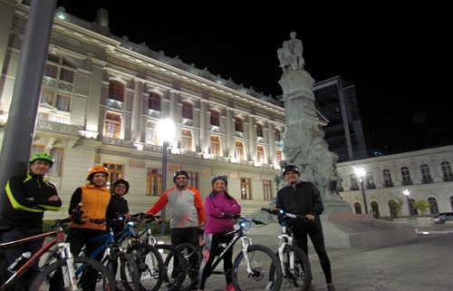 City Bike Tour by night Santiago - Huaso Tours