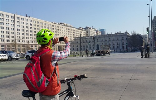 Bike Tour Santiago - La Moneda Palace